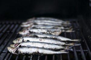 limpiar sardinas barbacoa