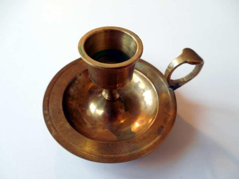 Limpiar el cobre viejo o antiguo