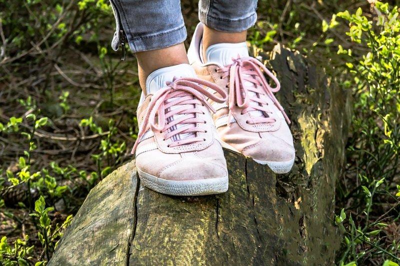 Limpiar zapatos de tela